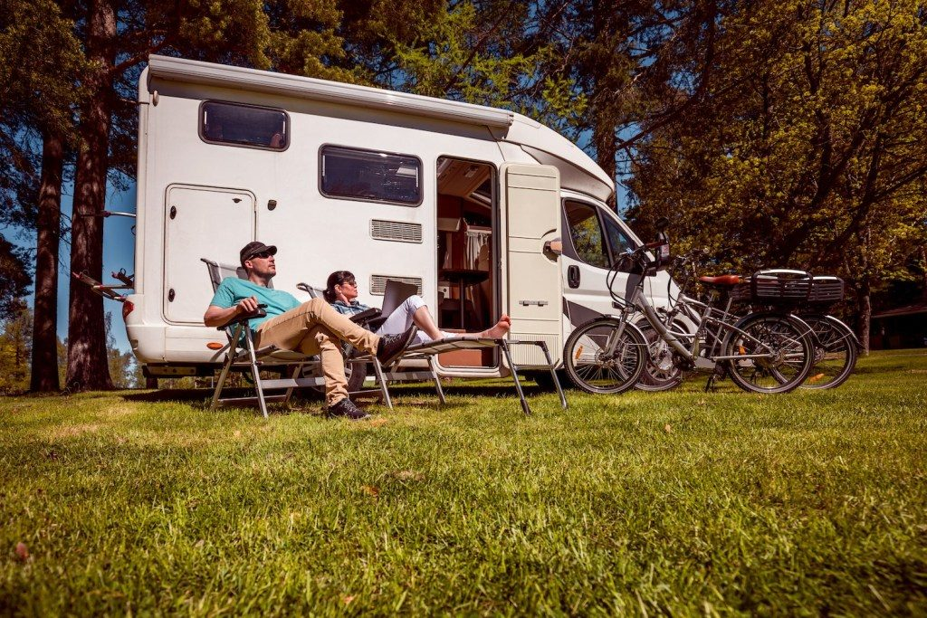 best time of year to buy a travel trailer