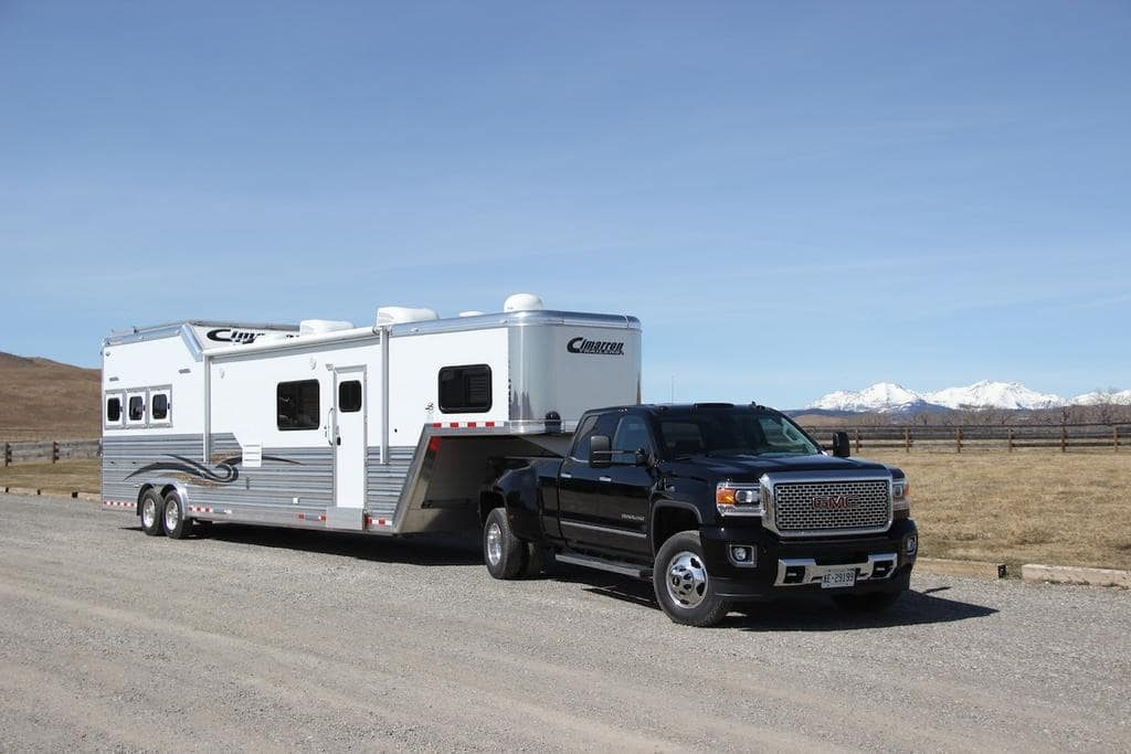 best fifth wheel hitches for short bed trucks