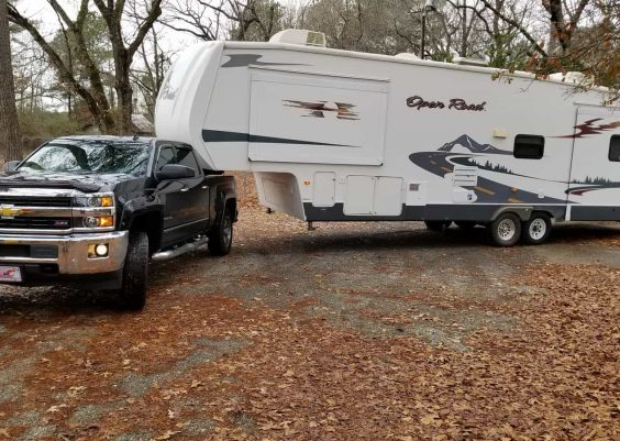 Gooseneck vs 5th wheel hitch