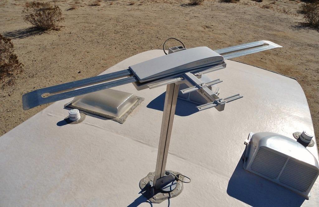 camper antenna signal receiver