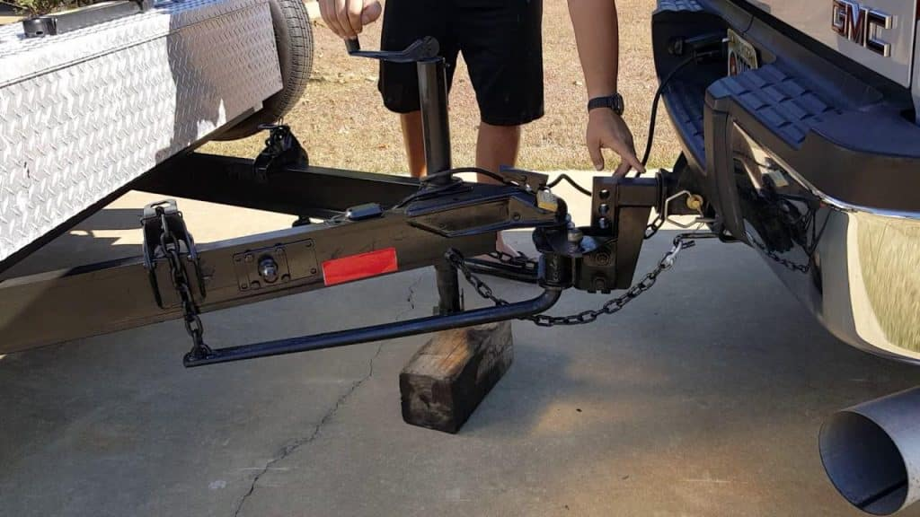 weight distribution hitch installation cost