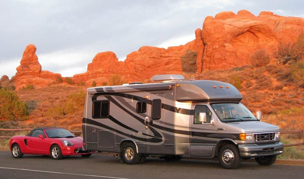 best used cars to tow behind motorhome
