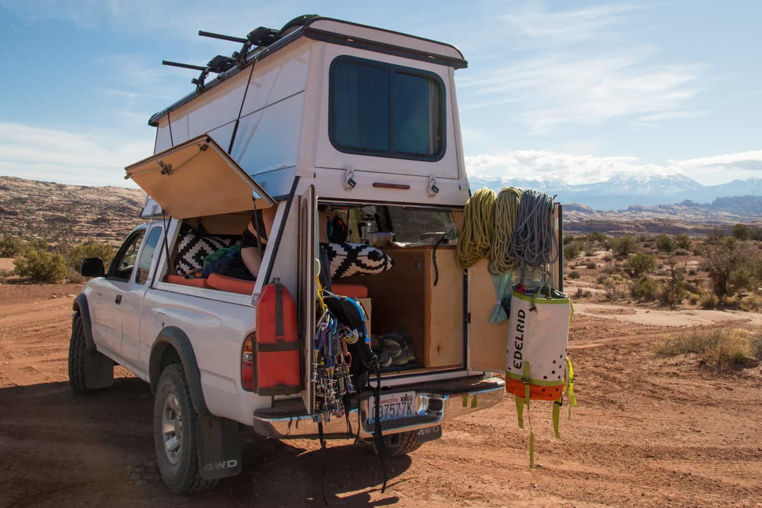 How To Build A Lightweight Truck Camper [The DIY Guide]