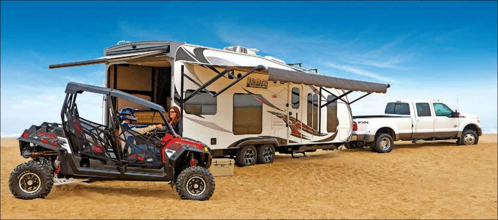 lightweight toy hauler camper