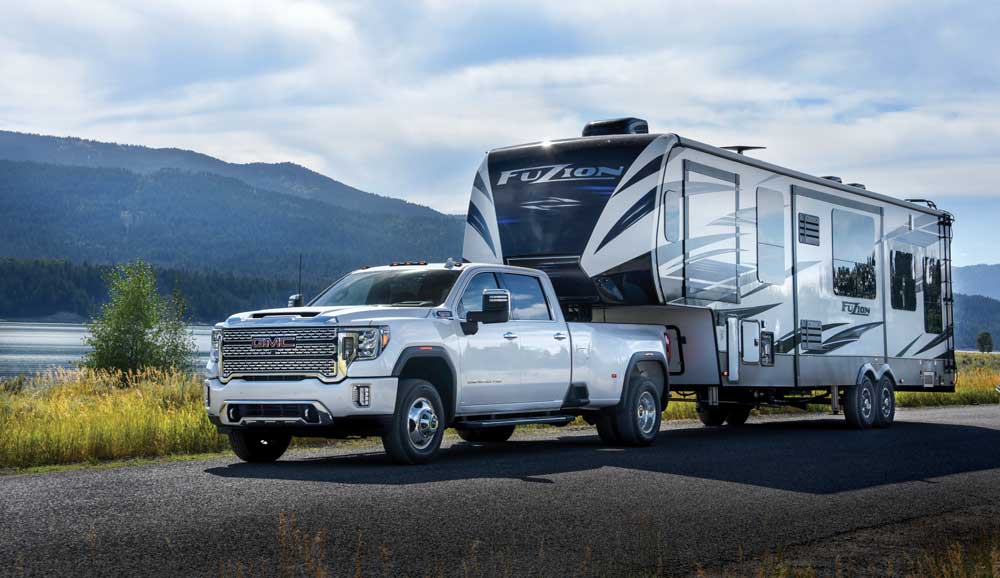 truck for towing a fifth wheel
