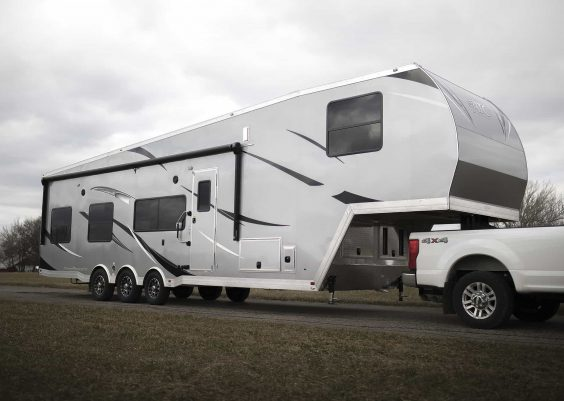 best fifth wheel toy hauler for full-timing