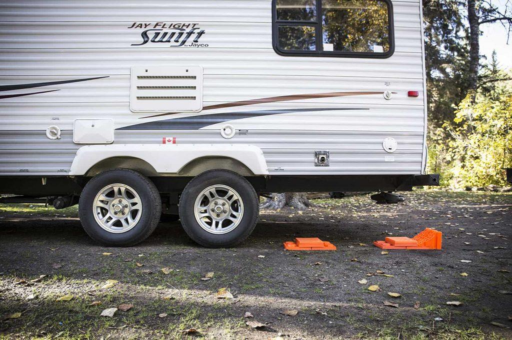 trailer leveling block