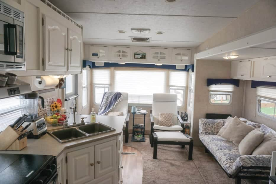 leveling a travel trailer
