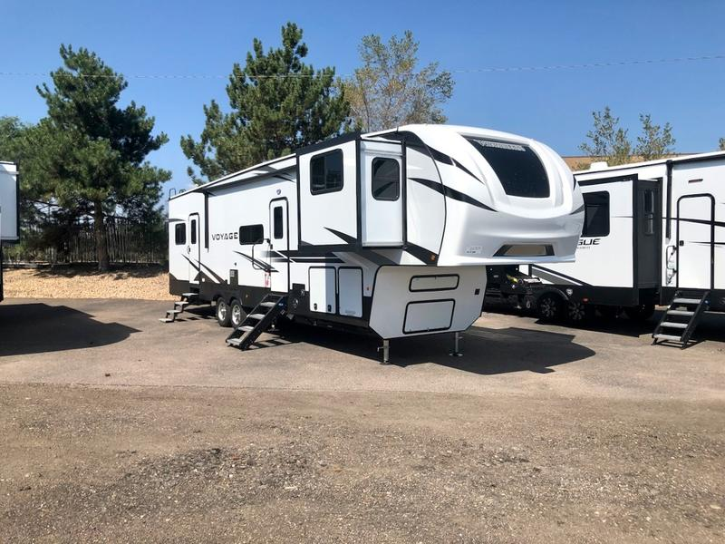 rv with king size bed