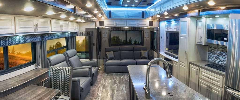 luxurious fifth wheel trailers