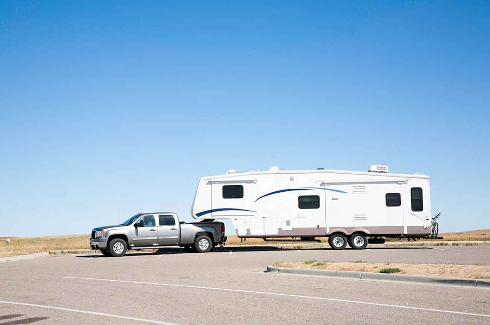 luxury fifth wheel campers