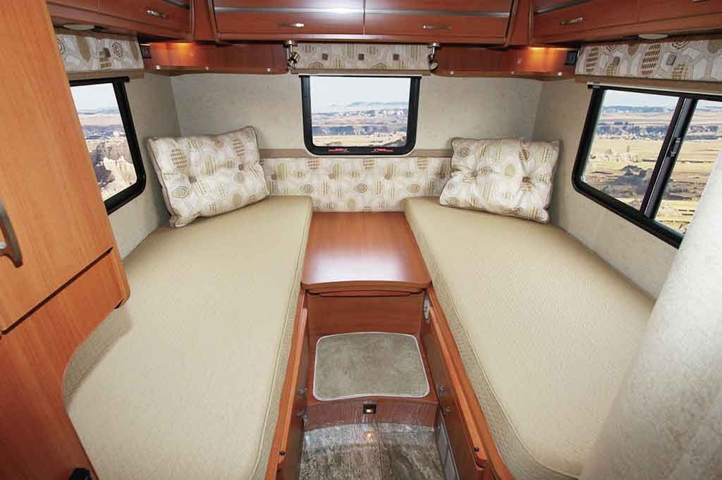 travel trailer floor plans with twin beds