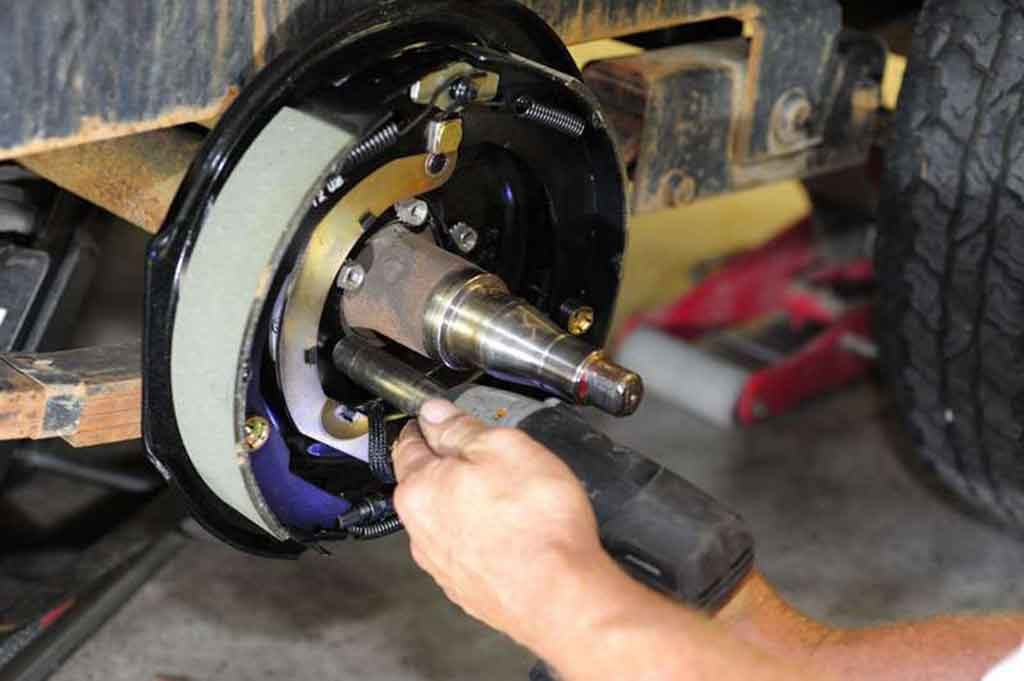 electric brakes for trailer