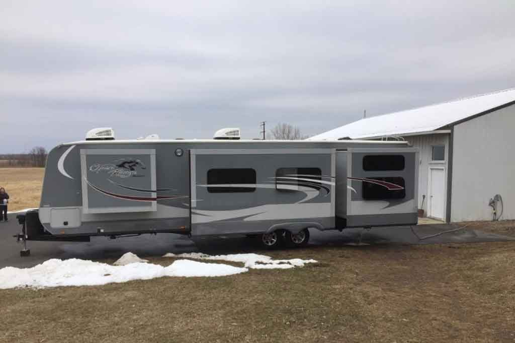 best travel trailer with bunk beds