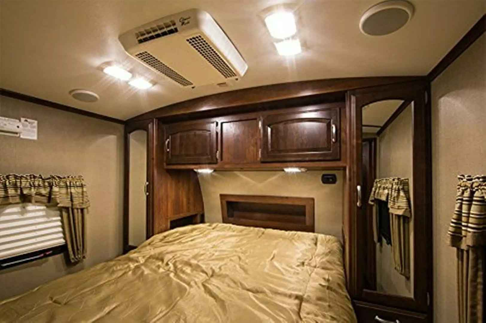 best LED replacement bulbs for RV 921